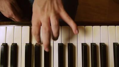 6.實用的流行鋼琴伴奏法 - 轉位和弦